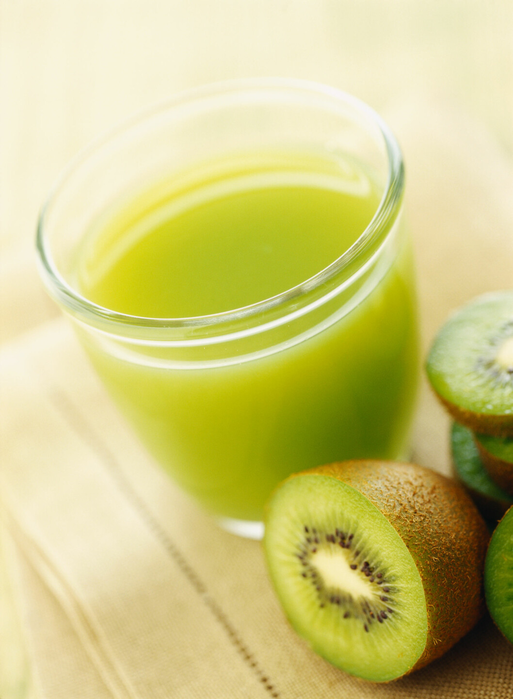 BEDRER JERNOPPTAKET: Spiser du C-vitaminrike matvarer sammen med matvarer som er rike på jern, bedres jernopptaket i kroppen.  Foto: Scanpix