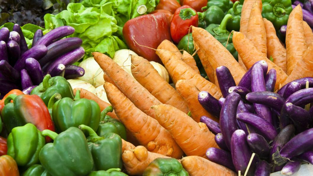 SE ETTER FARGER: Sterke farger er en indikasjon på at frukt og grønt er rikt på antioksidanter. Foto: Shutterstock / meaofoto