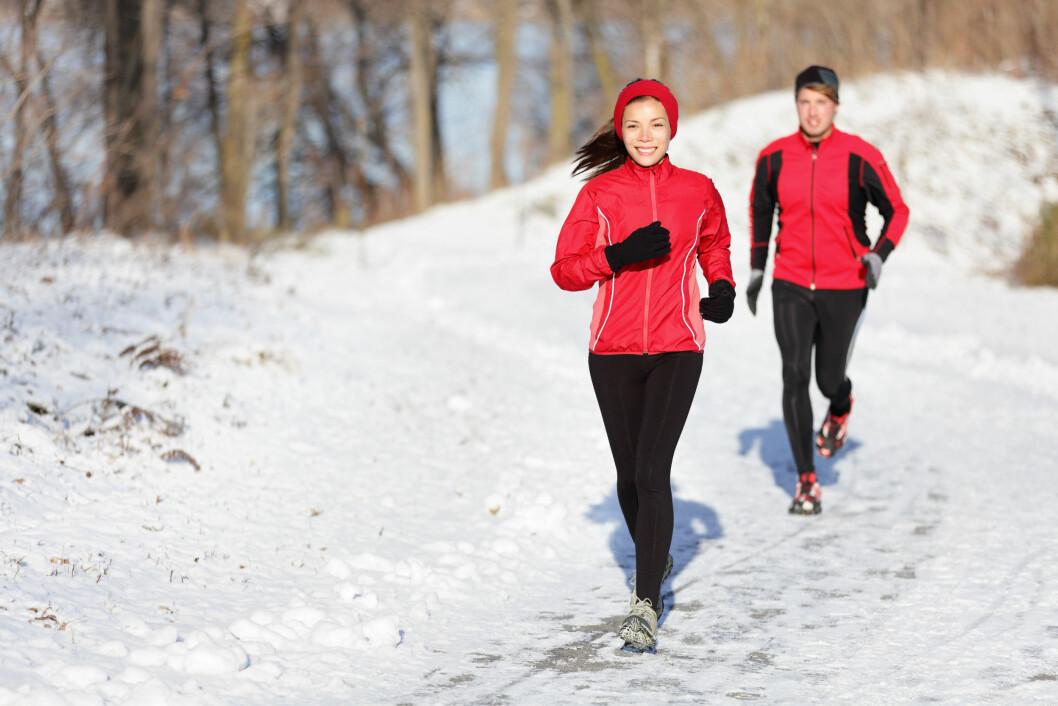 FYSISK AKTIVITET: Gjør underverker for blodgjennomstrømmingen i kroppen vår, ifølge ekspertene. Men pass på at du holder deg tørr og varm på bena! Foto: Maridav - Fotolia