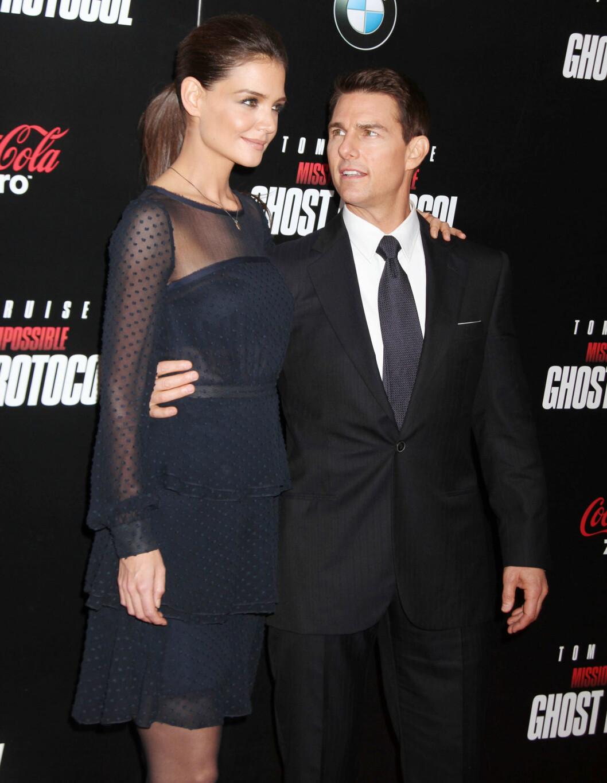 17 ÅRS FORSKJELL: Tom Cruise og Katie Holmens var et av Hollywoods hotteste par, før de to gikk hvert til sitt i 2012. De fikk datteren Suri Cruise (9) sammen. Foto: NTB Scanpix