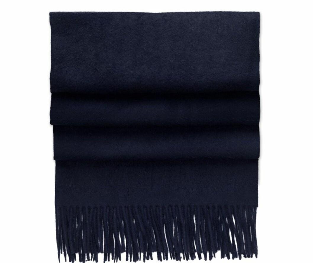 Mørkeblått (kr 795, Acne). Foto: Produsenten