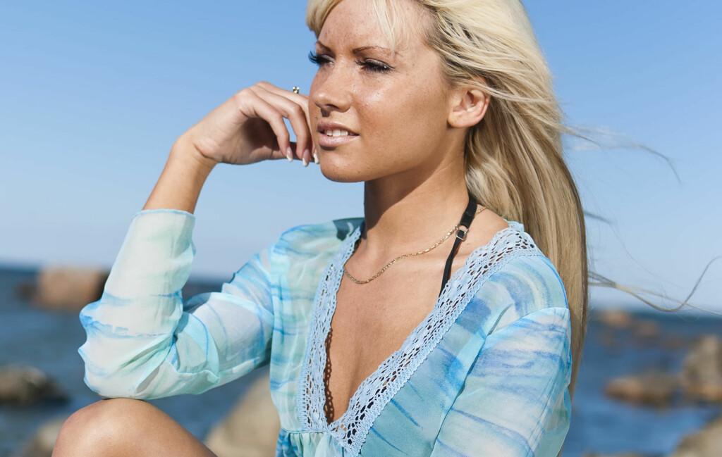da7bfd77 Soling: Tynne klær gir ikke god nok beskyttelse i solen - KK
