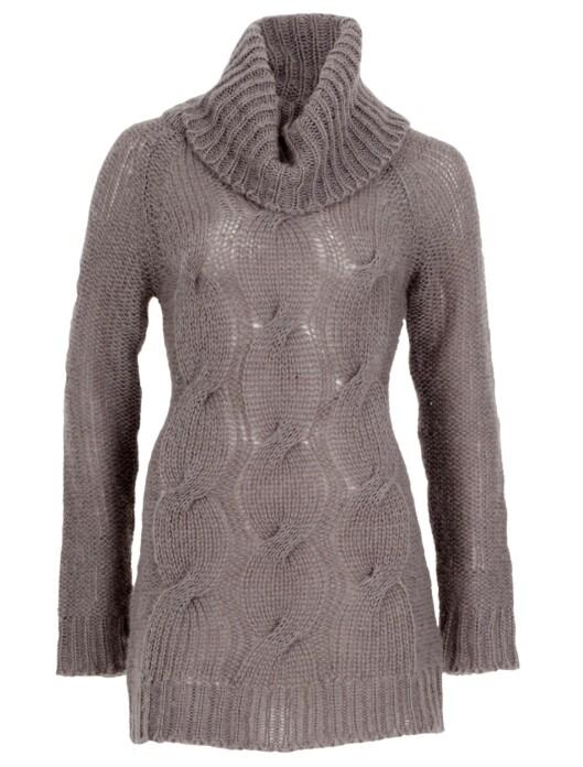 Prøver du å få på Sarah Jessica Parker en høyhalset genser som denne, steiler hun helt.