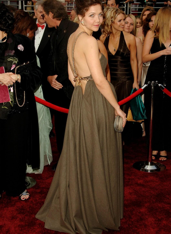 I 2006 valgte hun seg en jordfarget kjole med åpen rygg på Oscar-utdelingen. Foto: All Over Press