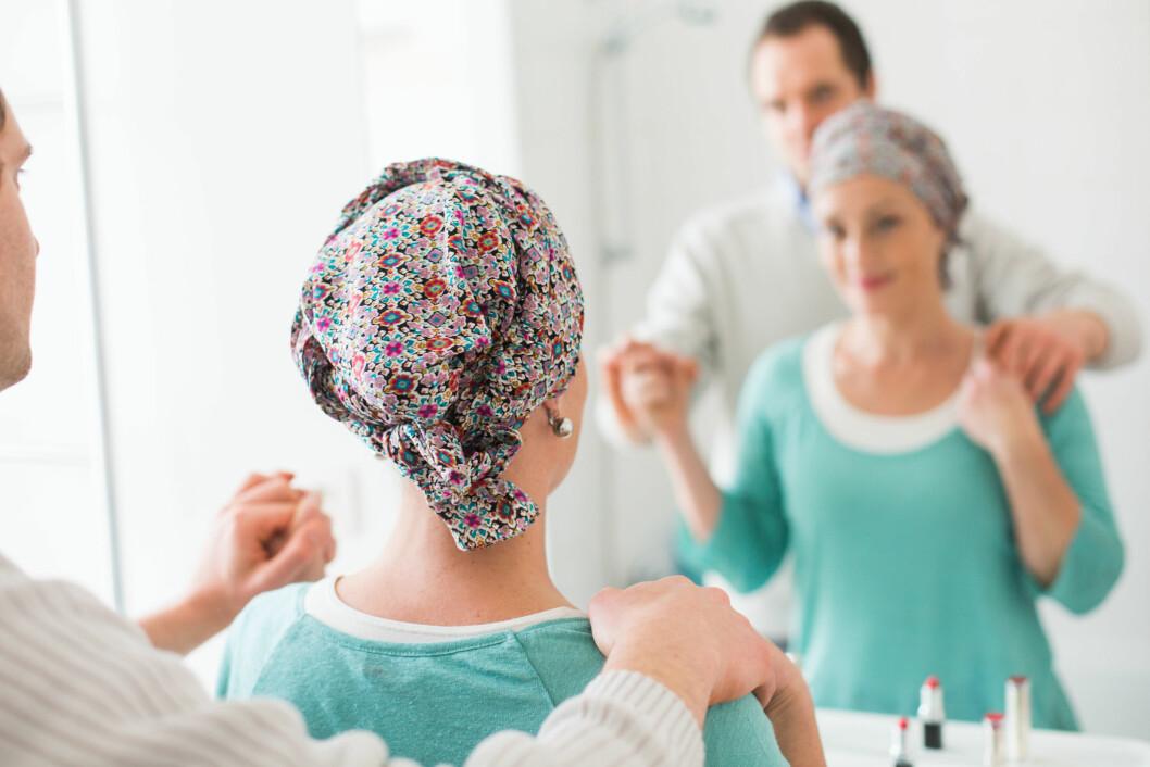 STØTTE: En kreftdiagnose rammer ikke bare pasienten, men hele familien. Det kan være svært tungt for pårørende å takle. Foto: Burger/Phanie/REX/All Over Press