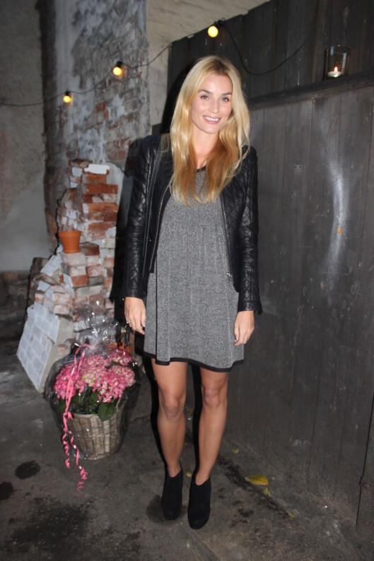 <strong>PÅ FESTEN:</strong> Også blogger Camilla Pihl var på festen iført klær fra Ganni (ikke skinnjakken).  Foto: Adéle C. Blystad