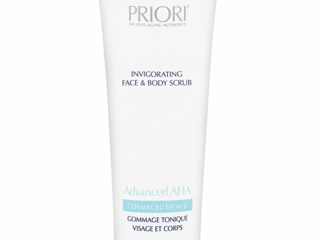 Mild ansikts- og kroppspeeling for alle hudtyper. Advanced AHA Invigorating Face & Body Scrub fra Priori, kr 649. Foto: Produsenten