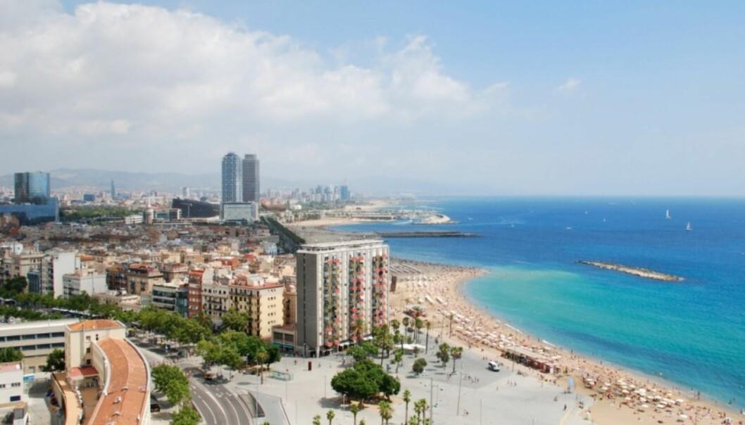 BY OG STRAND: Barcelona kan by på både ekte storbyliv, mye moro og flotte sandstrender.