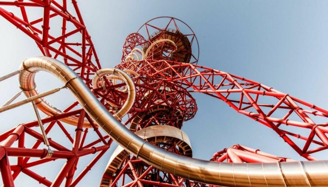VERDENS LENGSTE SKLIE: Hvis familien deres er av den lekne og uredde typen kan en tur i verdens lengste og høyeste tunnelsklie være grunn sterk nok til å legge neste storbyferie til London. Foto: London Legacy Development Corporation