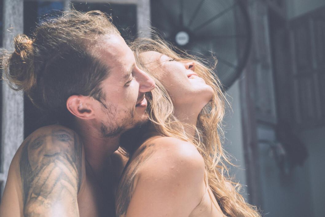 ORGASME: Sexologen gir deg sine beste tips for å få den til å vare leeeenge! Foto: Shutterstock / KIRAYONAK YULIYA