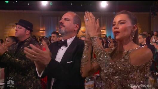 APPLAUS: Sofia Vergara (t.h.) klapper for Meryl Streep etter talen hennes. Foto: Xposure
