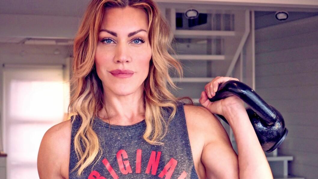 <strong>SILJE TORP:</strong> For skuespiller Silje Torp er trening en viktig del av livet. Nå utdanner hun seg til PT og anbefaler flere jenter til å bli kjent med styrkerommet.  Foto: Privat