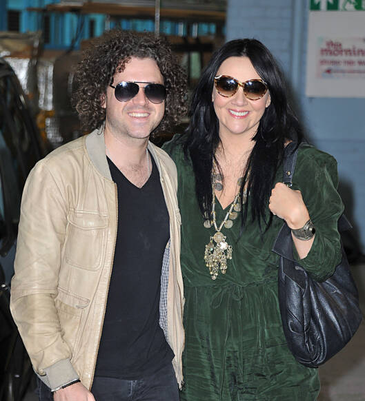 9 Jun 2015 - LONDON - UK  MARTINE MCCUTCHEON AND HSUBAND JACK MCMANUS SEEN AT THE ITV STUDIOS.   BYLINE MUST READ : XPOSUREPHOTOS.COM  ***UK CLIENTS - PICTURES CONTAINING CHILDREN PLEASE PIXELATE FACE PRIOR TO PUBLICATION ***  **UK CLIENTS MUST CALL PRIOR TO TV OR ONLINE USAGE PLEASE TELEPHONE   44 208 344 2007 **  Foto: Xposure