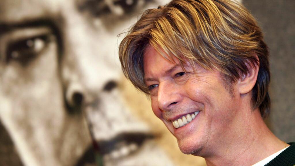 DØDSFALL 2016: Den britiske musikeren David Bowie gikk bort 10. januar 2016. Han ble 69 år. Se flere stjerner som gikk bort i året som er gått i saken! Foto: NTB Scanpix