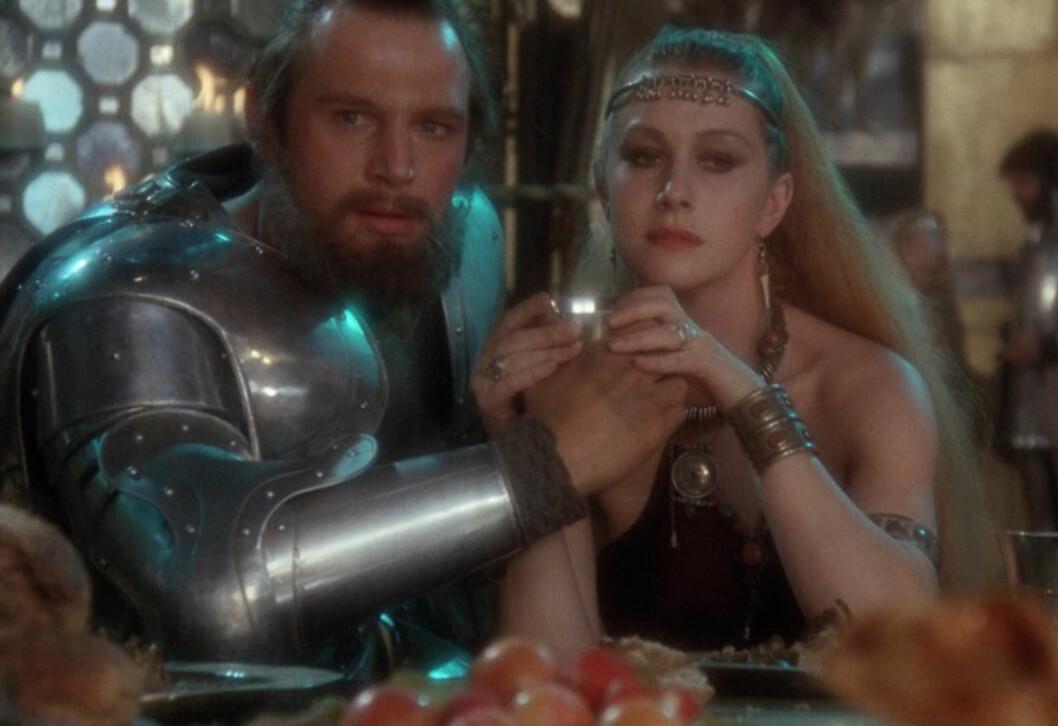 ANNO 1980: På begynnelsen av 80-tallet spilte Liam Neeson og Helen Mirren mot hverandre i fantacy/drama-filmen «Excalibur». Den ble sluppet ett år senere. Forholdet varte til 1984. Foto: Orion Pictures // Warner Bros.