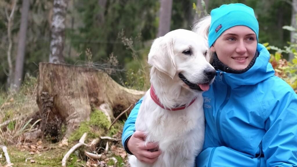 NORGE PÅ TVERS MED ME: Anette har måttet sette livet på pause på grunn av sykdommen. Hun finner glede i naturen, og nekter å la sykdommen stoppe henne fra å gå Norge på tvers.   Foto: Privat
