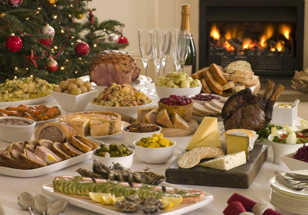 MATGILDE: Det finnes utrolig mye god julemat å velge mellom. Men ikke glem at poteten også er en viktig del av måltidet. Foto: Colourbox