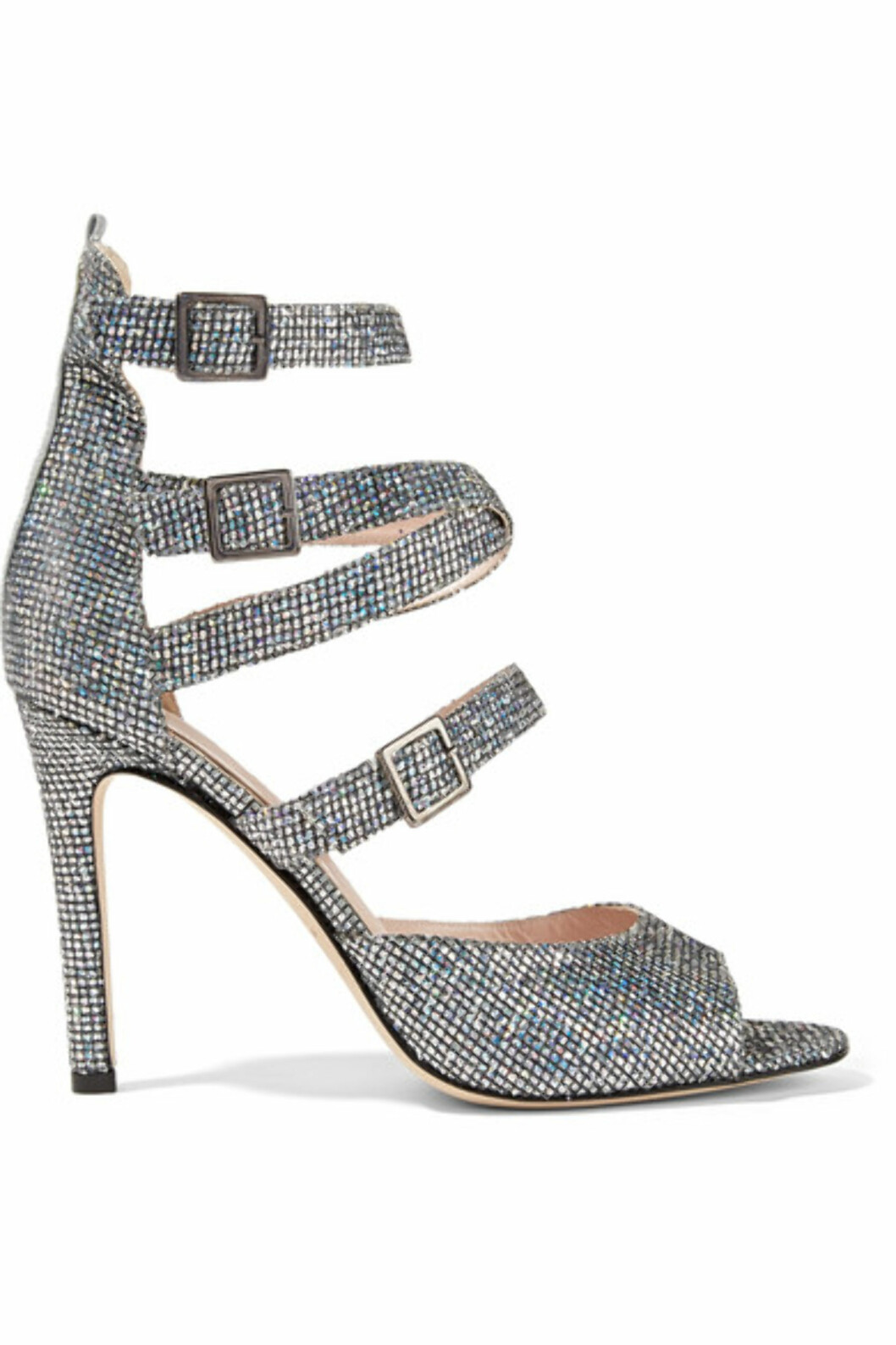 Hæler fra SJP By Sarah Jessica Parker via Net-a-porter.com | kr 3083 | https://www.net-a-porter.com/no/en/product/800978/sjp_by_sarah_jessica_parker/fugue-glittered-leather-sanda