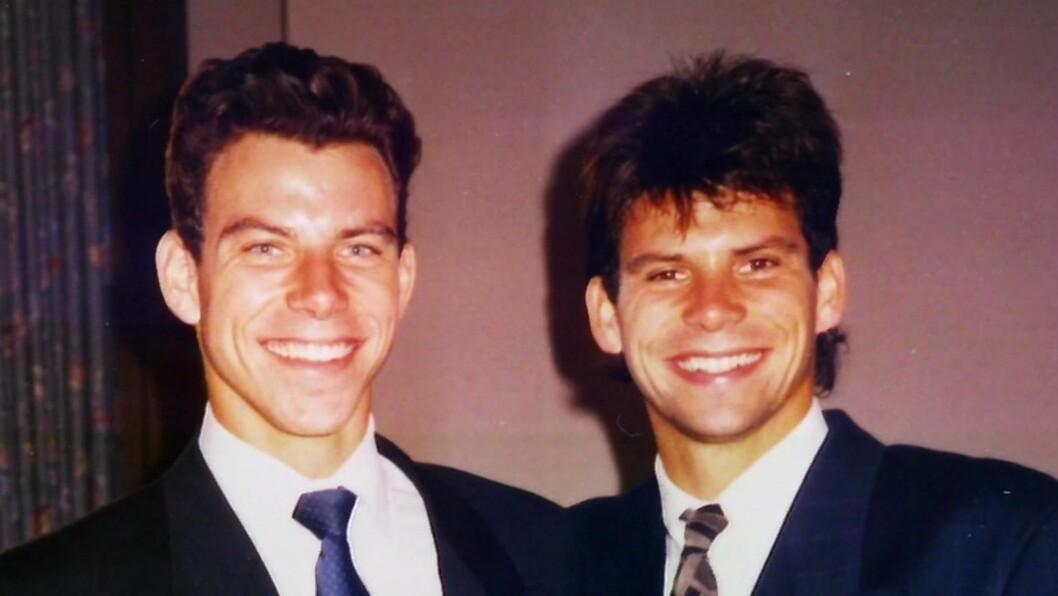 DRAPSMENN: Erik og Lyle Menendez ble idømt livsvarig fengsel, uten mulighet for prøveløslatelse, for drapet på foreldrene. Foto: NTB Scanpix