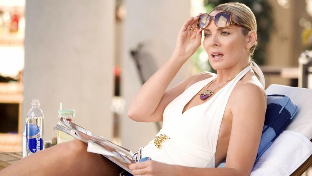 <strong>KIM CATTRALL:</strong> Flere nettsider skriver om ryktene som har florert på internett. Det skal nemlig ha seg slik at Kim Cattrall, som spiller Samantha Jones i «Sex og singelliv», kan få sin egen spin-off serie på HBO. Foto: DARREN STAR PROD./HBO FILMS/NEW LINE CINEMA / BLANKENHORN, CRAIG / Album
