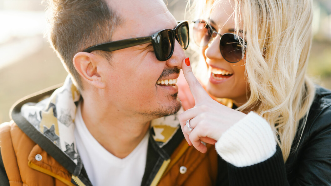 ULIKT LIVSSYN: Ulike livssyn kan by på problemer i parforholdet, men det kan fortsatt fungere, mener eksperter.  Foto: Shutterstock / Sergiu Birca
