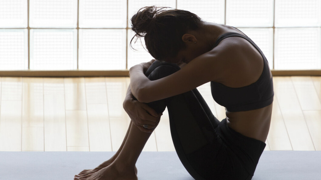 YOGA MOT DEPRESJON: Yoga kan føre til endret atferdsmønster, mindre isolasjon og kan påvirke tankesettet og følelsene i riktig retning, sier ekspert.  Foto: Shutterstock / Luna Vandoorne