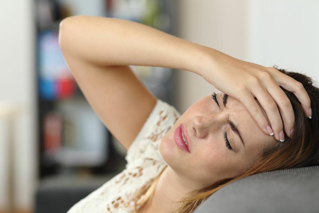 <strong>HORMONER:</strong> Mange med migrene merker at hodepinen har sammenheng med menstruasjonssyklusen og migrene er tett knyttet opp mot kjønnshormonet østrogen.  Foto: Scanpix