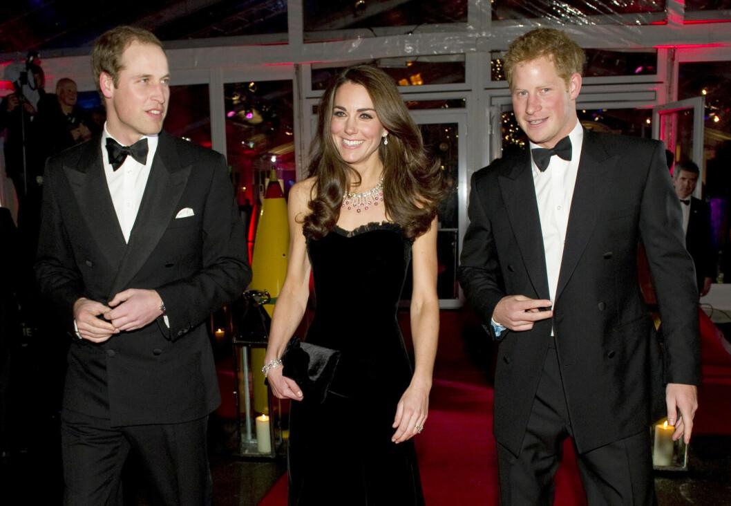 INN I VARMEN: Prins Harry er ofte fotografert side om side med sin svigerinne Kate og storebror prins William på royale tilstelninger - mon tro om han har introdusert Meghan til Kate og William? Foto: NTB Scanpix