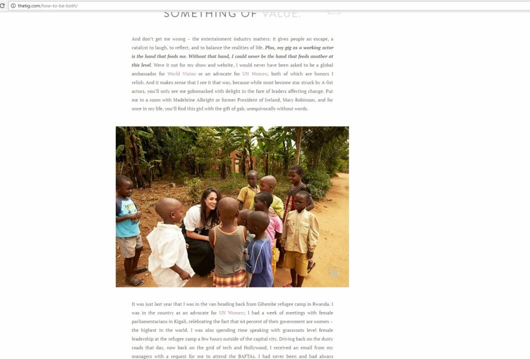 FAKSIMILE: Dette bildet er hentet fra Meghan Markles livstilsnettside TheTig.com. Her er hun fotografert i forbindelse med en veldedighetsreise til Rwanda. Foto: Faksimile TheTig.com