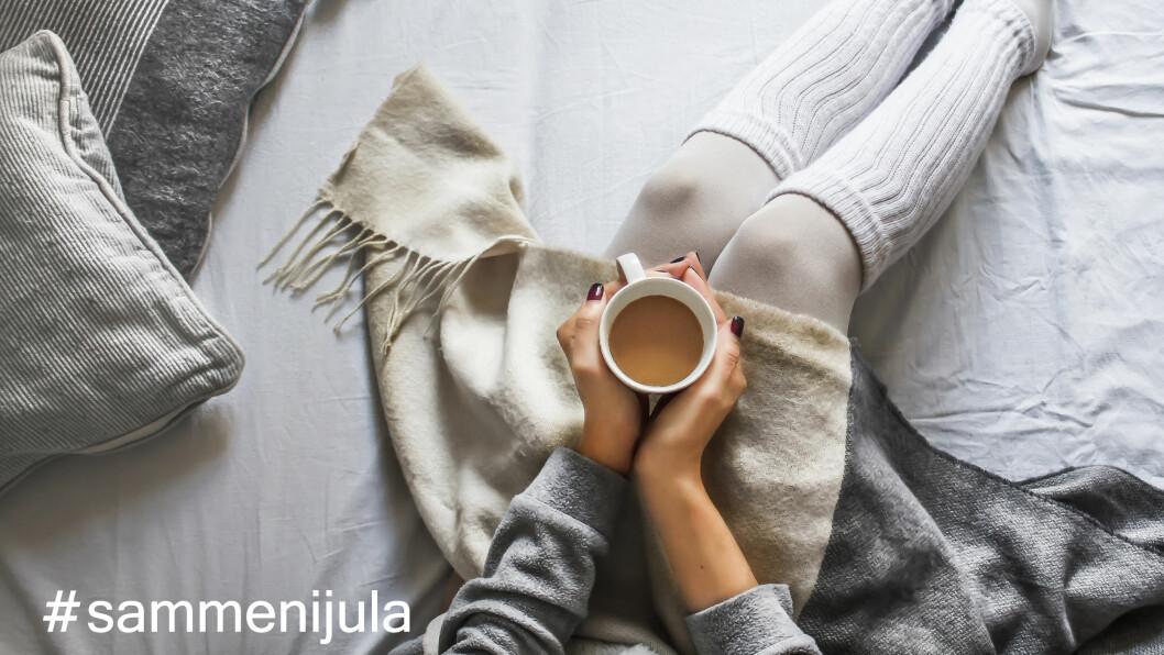 #SAMMENIJULA: Jula og andre høytider kan gjøre at du føler deg enda mer ensom siden det virker som om alle andre har noen å være med.  Foto: NTB scanpix