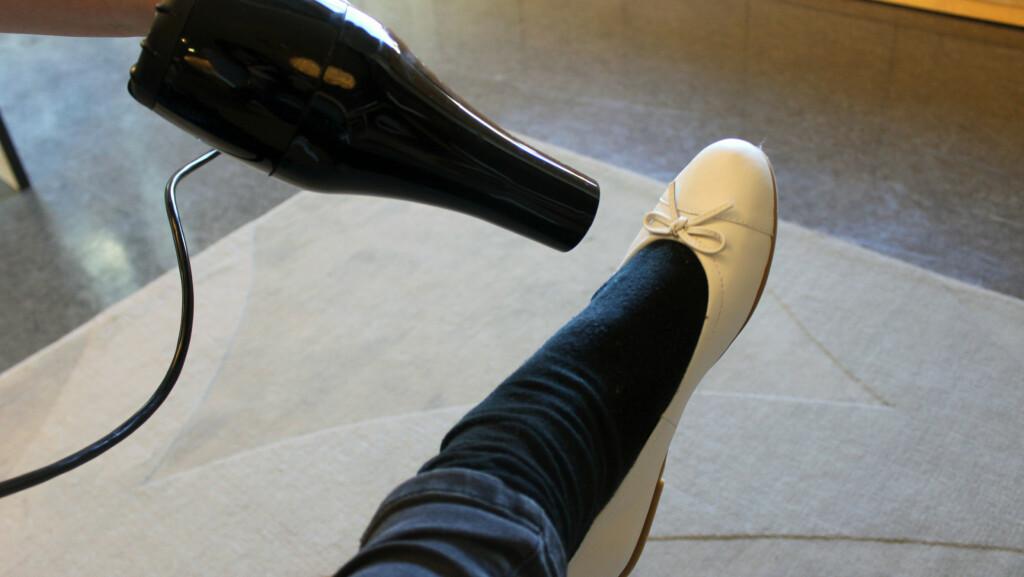 80a06c8d FØN BORT VONDTEN I NYE SKO: Synes du ofte splitter nye sko kan være litt
