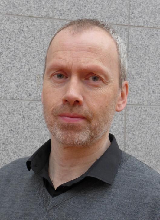 FORSKER: Mons Bendixen er førsteamanuensis i sosialpsykologi ved NTNU og har forsket på både fysisk og ikke-fysisk seksuell trakassering. Foto: Privat