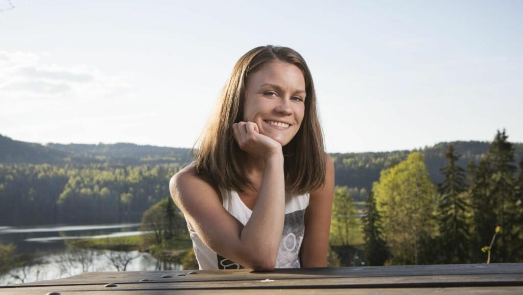 BLOGGER OM DET Å VÆRE BIPOLAR: Siden 2008 har Nina Emilie blogget aktivt på tankekjor.blogg.no. – Selv om det er en kronisk diagnose, går det an å bli bedre. Det er denne prosessen jeg ønsker å dele.  Foto: All Over Press Norway