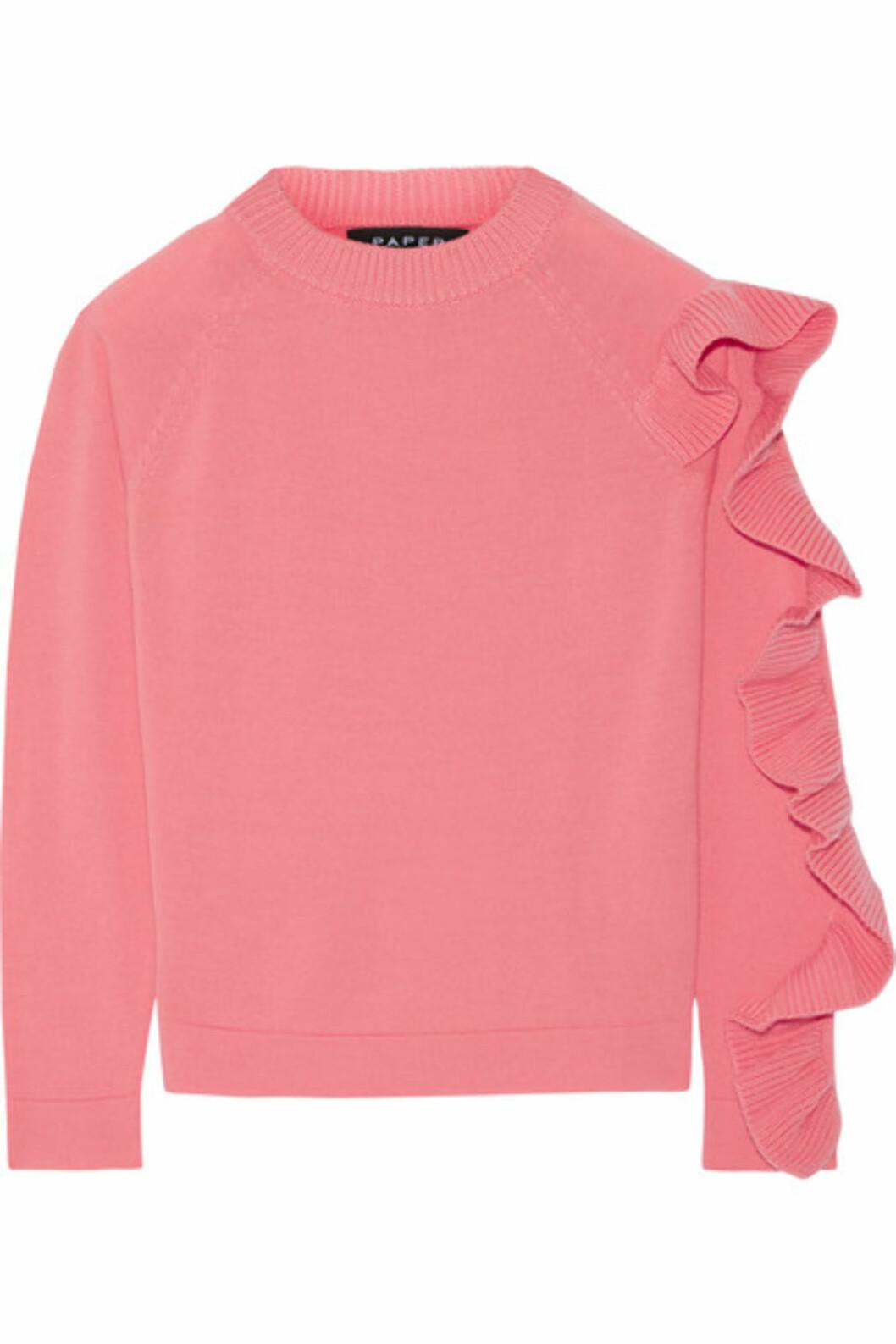 Genser fra Paper London via Net-a-porter.com | kr 5587 | https://www.net-a-porter.com/no/en/product/743792/paper_london/montana-ruffled-merino-wool-sweater