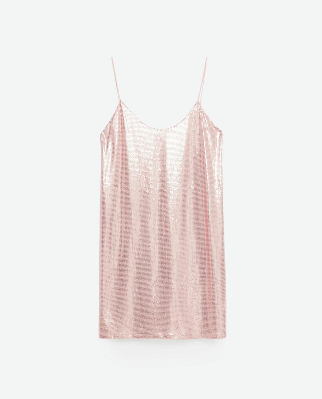 Paljettkjole fra Zara | kr 349 | http://www.zara.com/no/no/dame/kjoler/kjole-med-paljetter-c269185p3714117.html