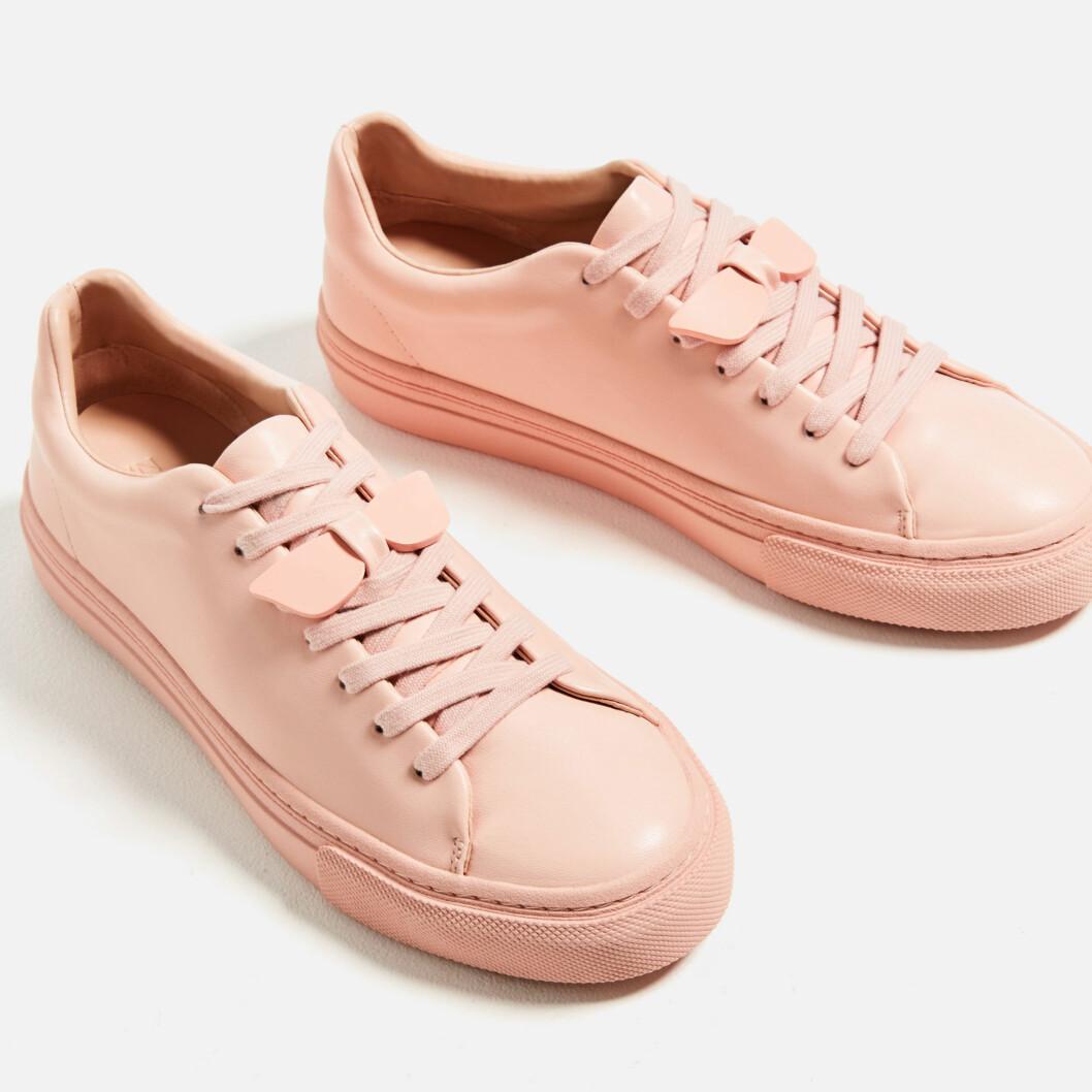 Sneakers fra Zara | kr 299 | http://www.zara.com/no/no/dame/sko/se-alle/sneakers-briller-c734142p3612427.html
