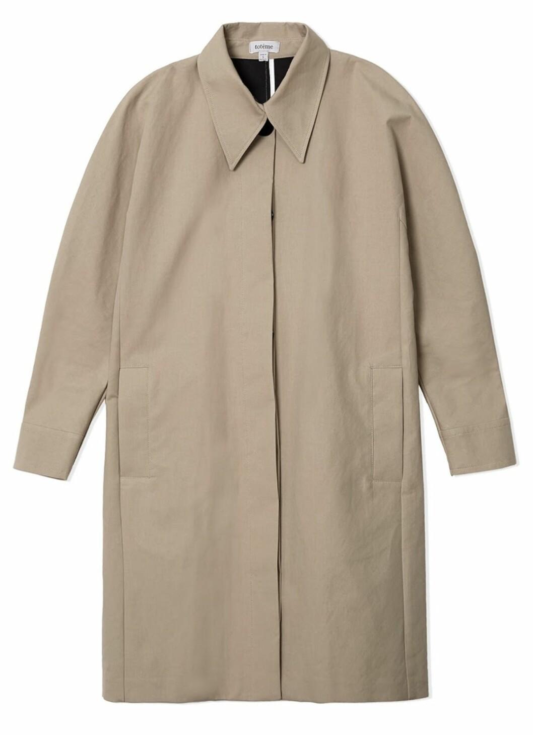 Trench coat fra Totême | kr 4500 | Foto: Produsenten