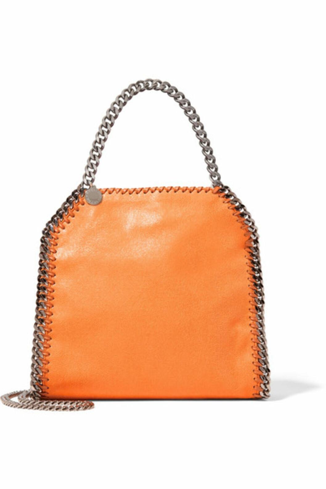 Veske fra Stella McCartney via Net-a-porter.com | kr 6468 | https://www.net-a-porter.com/no/en/product/714687/stella_mccartney/the-falabella-mini-faux-brushed-leather-tote