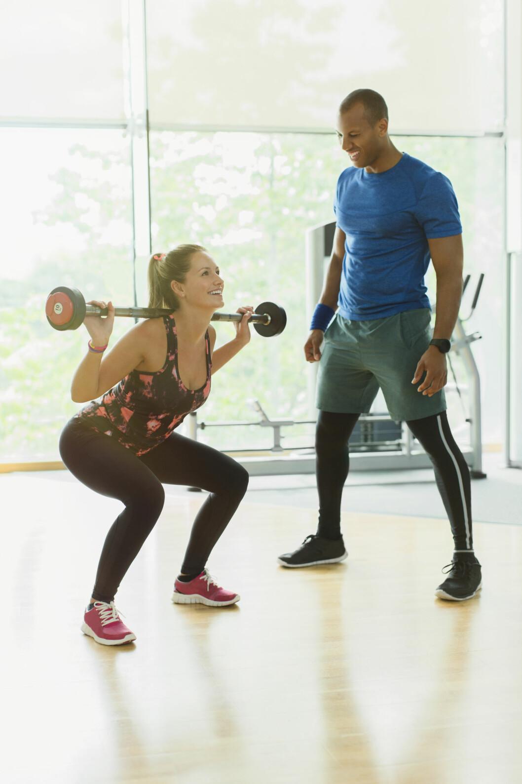 KNEBØY: Denne øvelsen er blant de som bruker de store musklene, noe som er gunstig for forbrenningen.  Foto: Science Photo Library