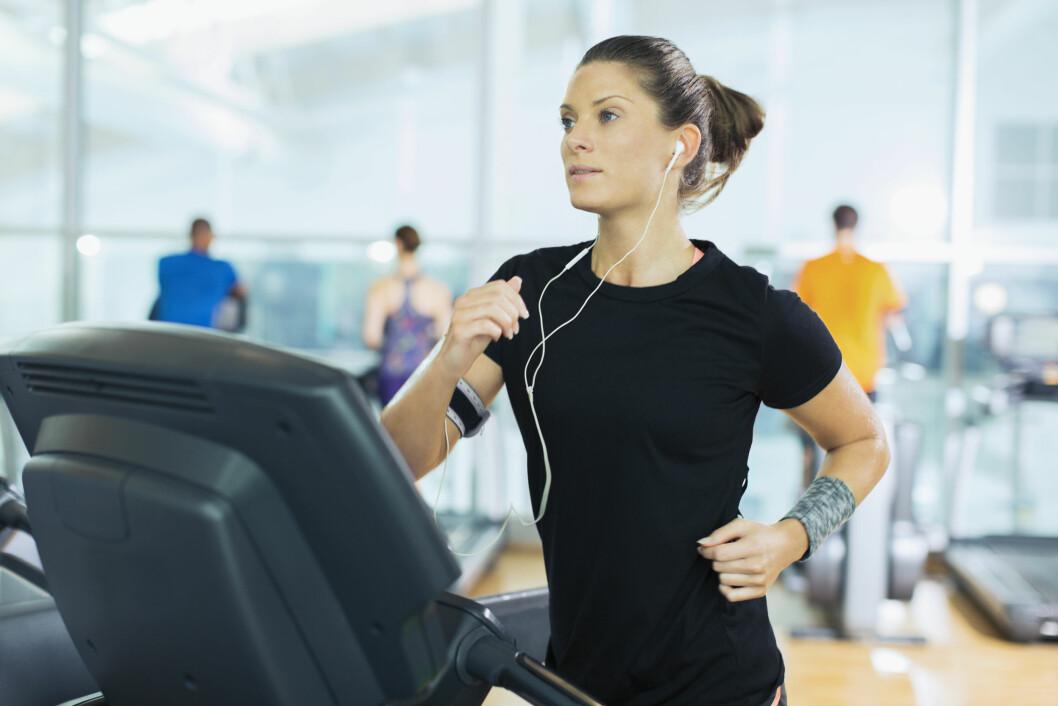 SPURT: Intervaller er hardt, men gjør at du forbrenner mye kalorier under og etter økten. Det betaler seg! Foto: Science Photo Library