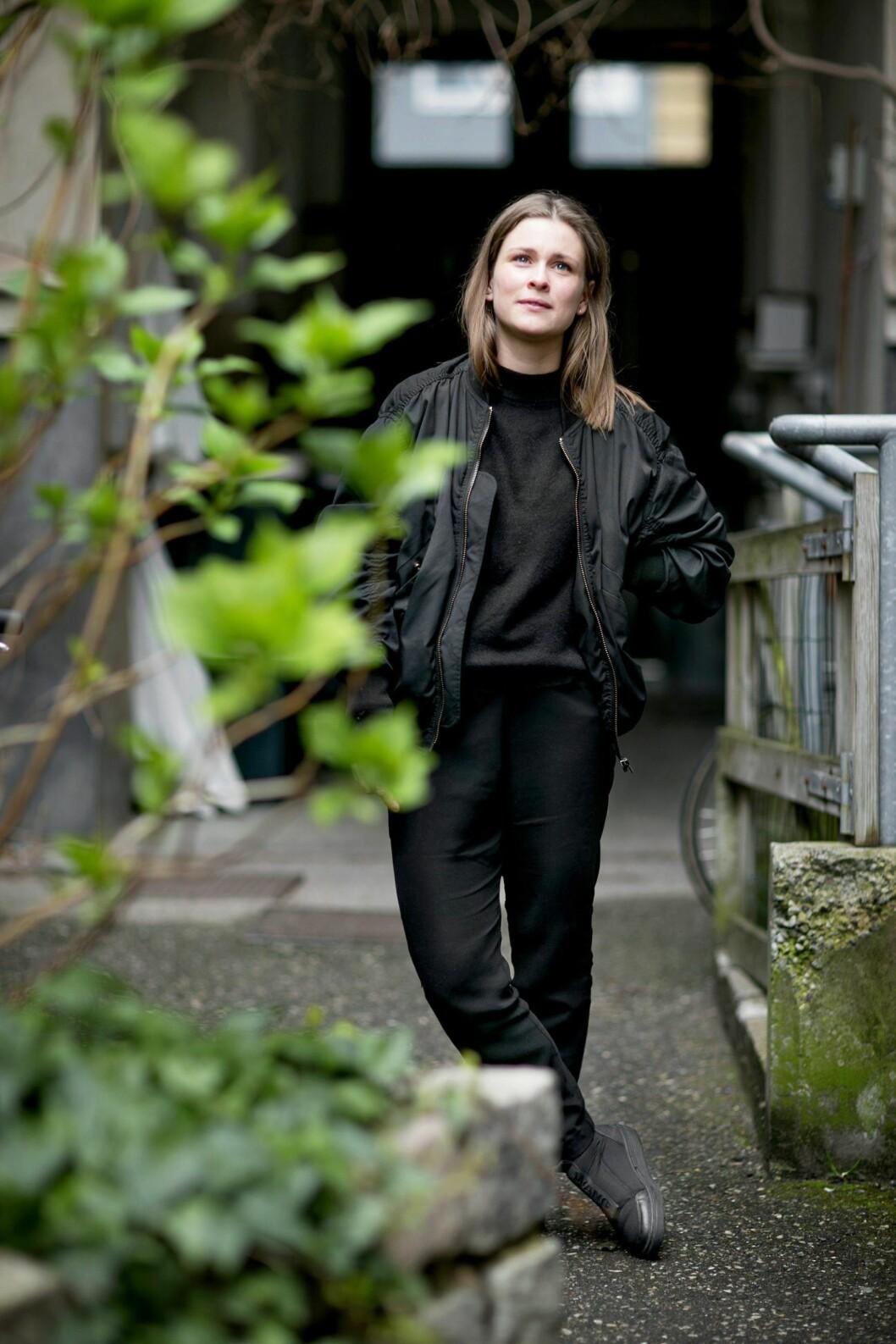 KLIPPEN I LIVET FORSVANT: – Jeg vil alltid savne henne, sier 26 år gamle Stine. Foto: All Over Press