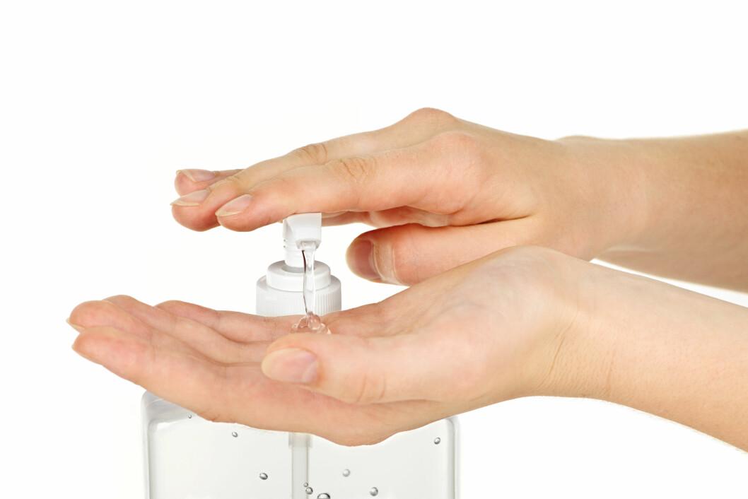 <strong>HYGIENE:</strong> Vær ekstremt nøye med å vaske hendene, og bruk håndsprit. Foto: © Zoonar/Elena Elissee