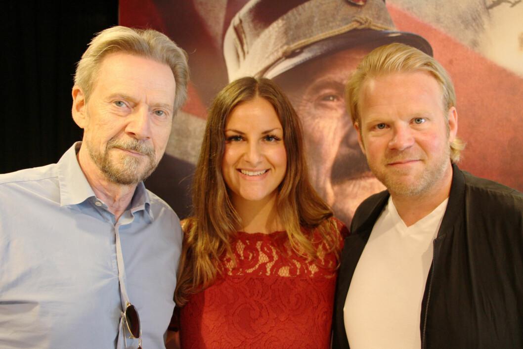 <strong>KONGENS NEI:</strong> KK.no-journalist Malini Gaare Bjørnstad møtte skuespillerne Jesper Christensen (t.v.) og Anders Baasmo Christiansen i forbindelse med pressevisningen i midten av september. Foto: KK.no