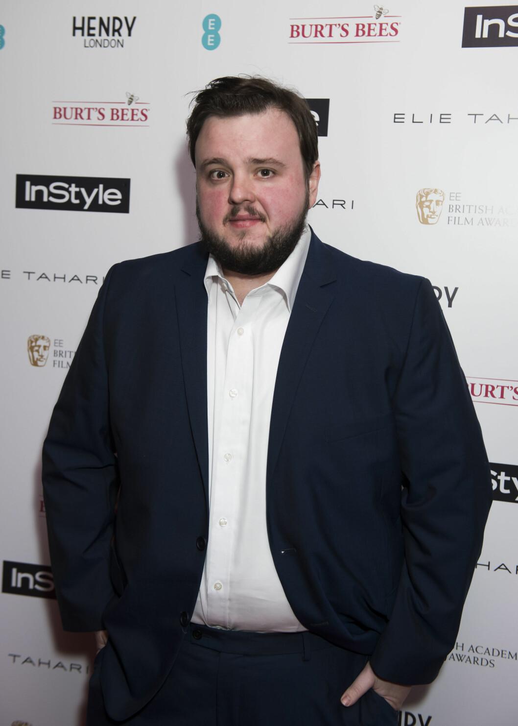John Bradley-West ser like god ut som Sam i virkeligheten.  Foto: Pa Photos