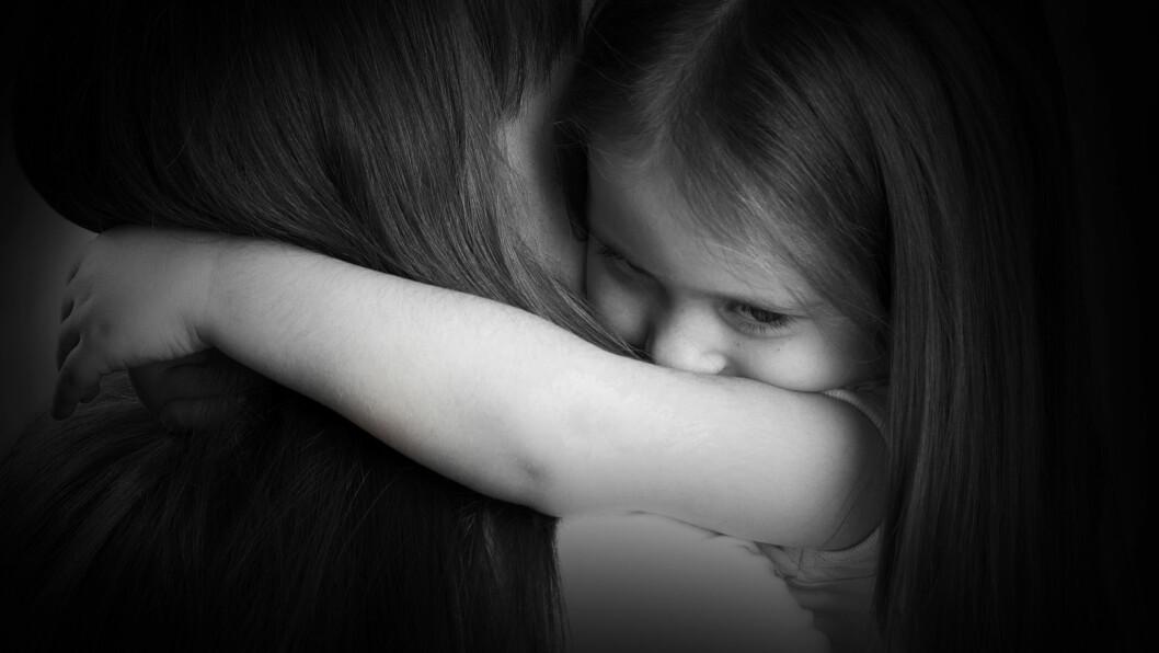 TRENGER OMSORG: Dersom ingen ønsker å overta ansvaret, vil barneverntjenesten overta omsorgen og finne et hjem for barnet. Foto: Shutterstock / vlavetal