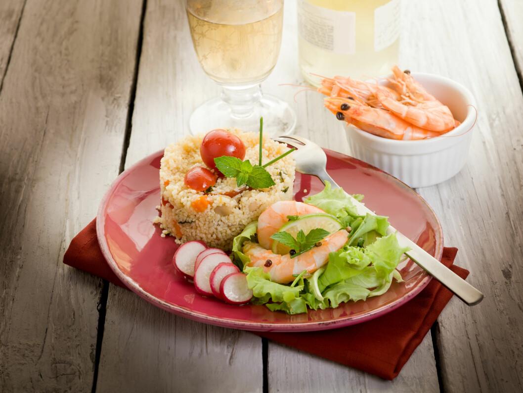 <strong>HELSEMAT:</strong> - Spise mer fisk, og både mager og fet, sier eksperten. Reker regnes som mager fisk. Foto: Shutterstock / marco mayer