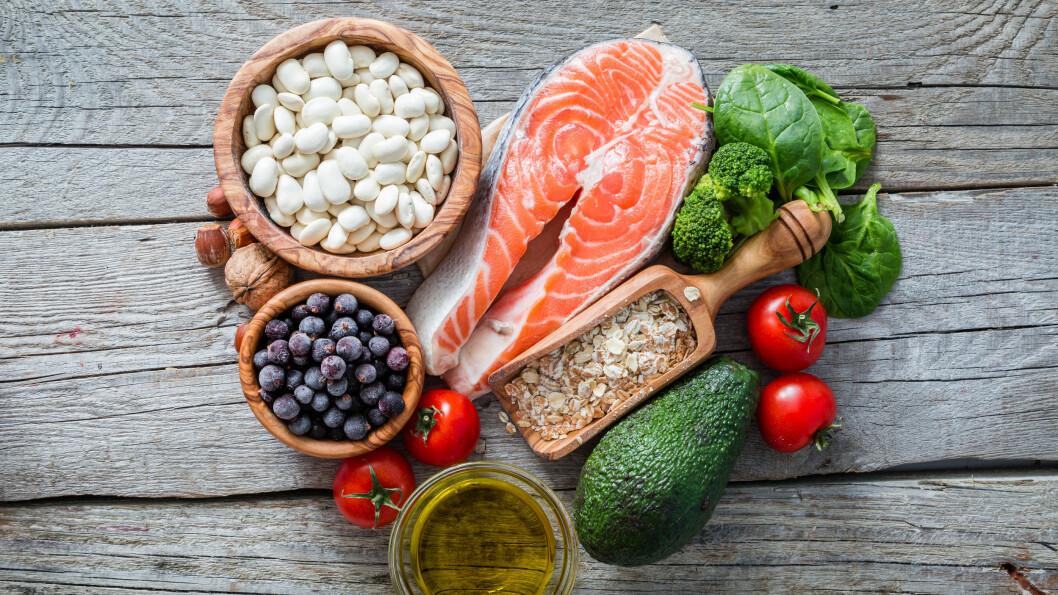 VEGETAR: Det er flere ting du bør være obs på om du spiser lite kjøtt eller vurderer å kutte det helt ut.  Foto: Shutterstock / Oleksandra Naumenko