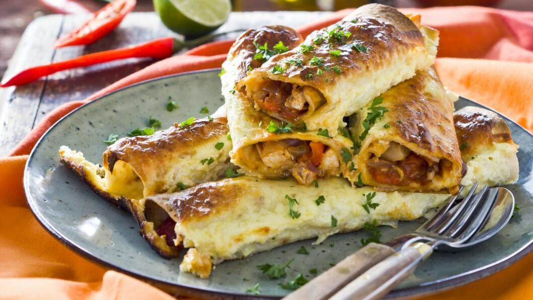 ENCHILADAS MED KYLLING: Enchiladas er meksikansk, men passer godt til våre ganer også! Foto: All Over Press