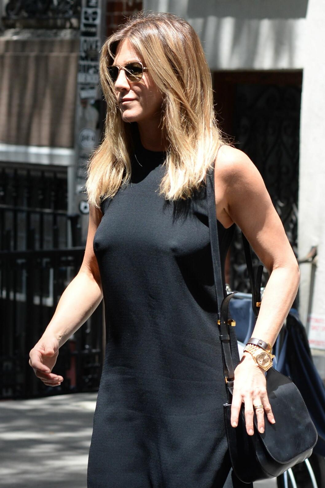 June 30, 2016 - New York, NY, USA - June 30, 2016 New York City..Jennifer Aniston seen walking ing the West Village in New York City on June 30, 2016. Foto: Zuma Press