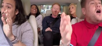 CARPOOL KARAOKE: Moromannen James Corden tar med seg Broadway-legender på rånetur